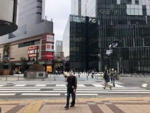 阪急百貨店前の交差点