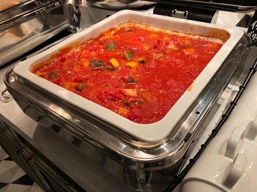 イタリア産ホェー豚とグリル野菜のトマト煮の画像